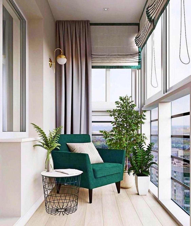 balkon-s-panoramnym-ostekleniem