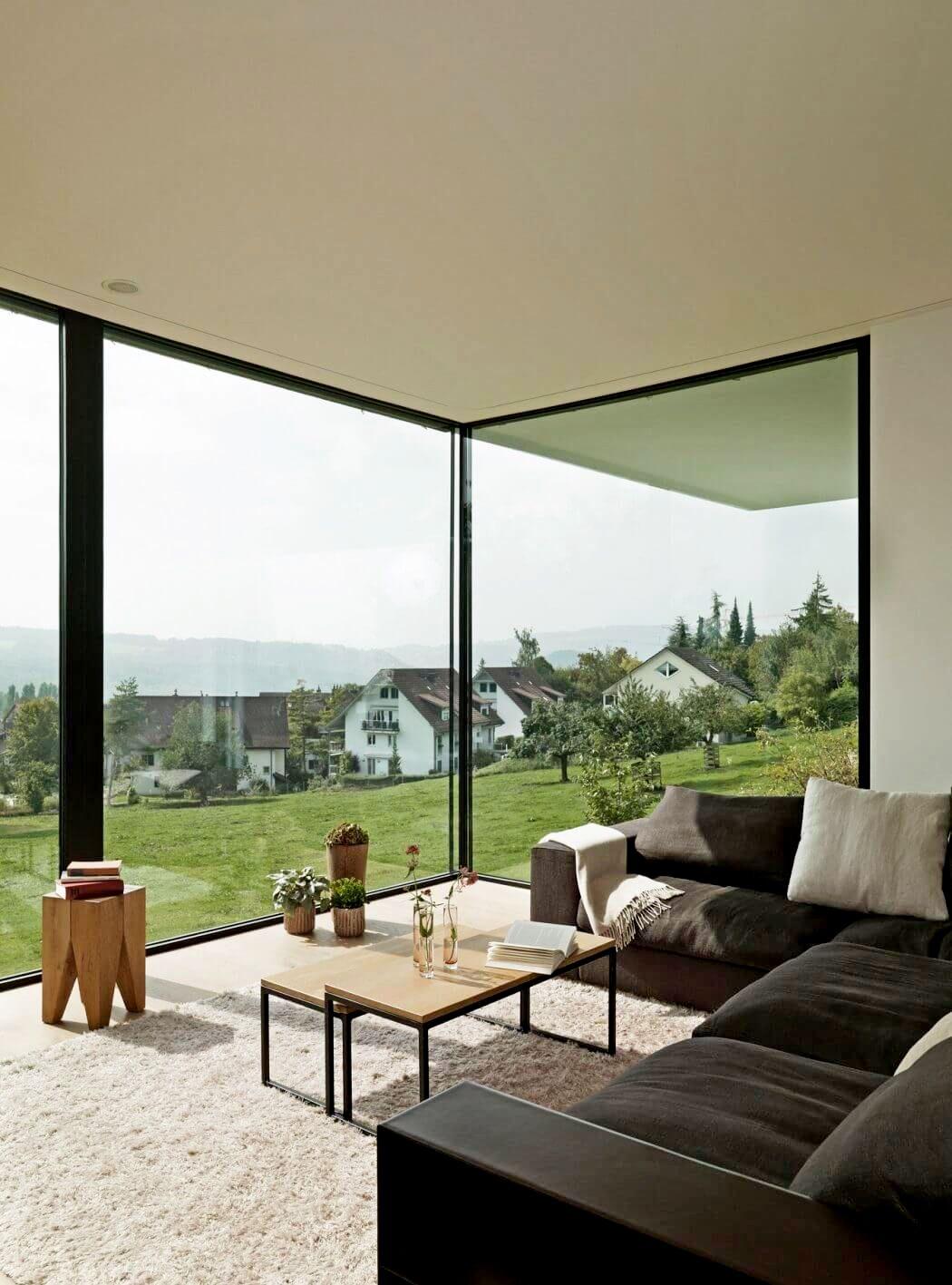 kottedzh-s-panoramnymi-oknami