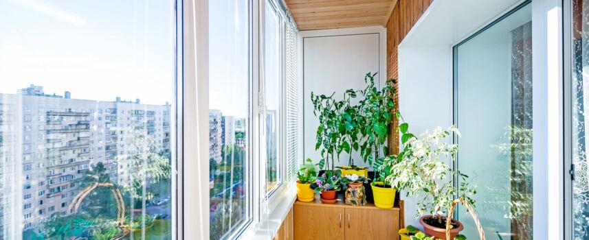 Отделка лоджий и балконов вагонкой. Фото, особенности, этапы работ