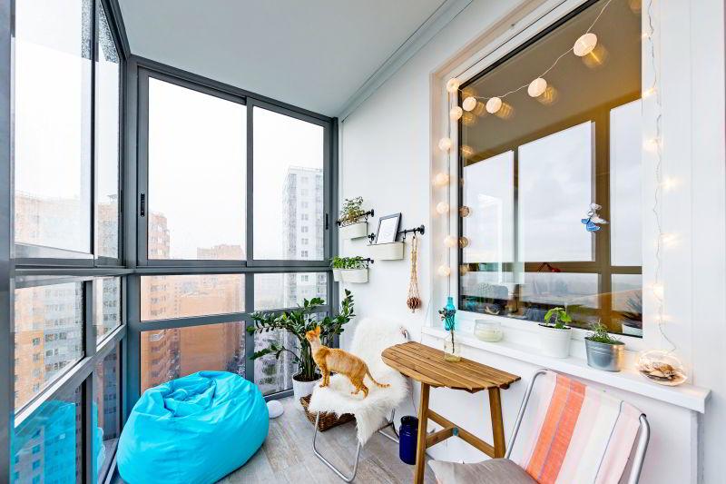 Алюминиевое раздвижное остекление балкона