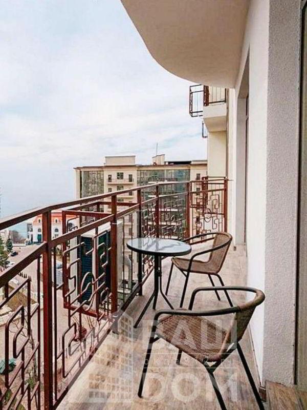 Открытый холодный балкон