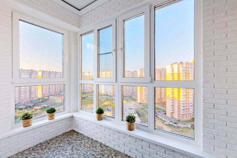 Цены на утепление балконов и лоджий в Санкт-Петербурге